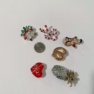 Lot of 6 Brooches [Holiday Theme]